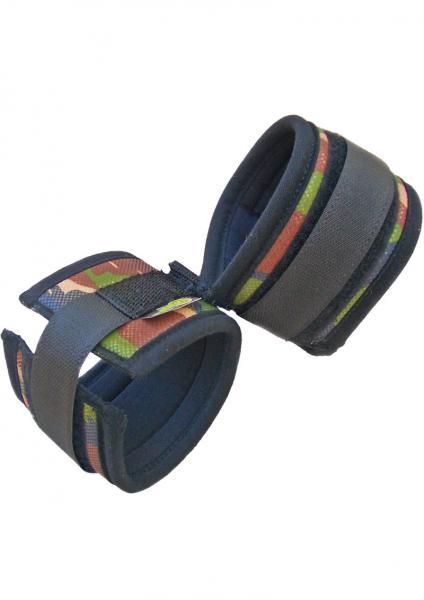Whip Smart Wrist Cuffs Camo Green
