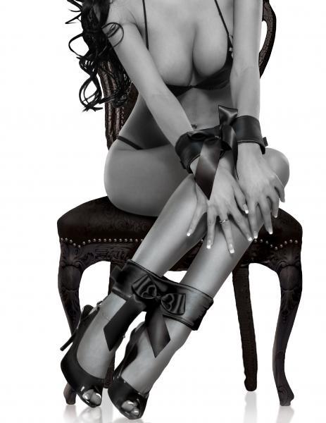 Fetish Fantasy Limited Edition Bowtie Cuffs Black