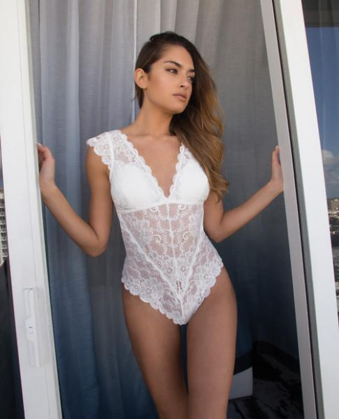 Suzette Lace Teddy Cap Sleeves & Removable Pads White Md