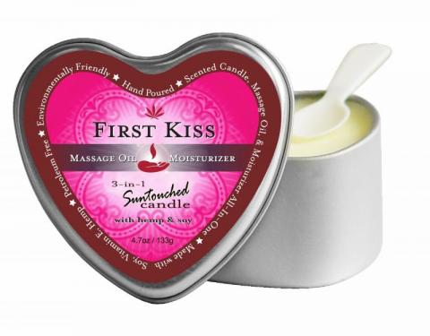 Earthly Body 3-in-1 Candle Heart First Kiss 4 oz