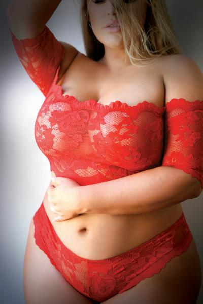 Rose, Thorn Lace Crop Top & Panty Queen Size Red