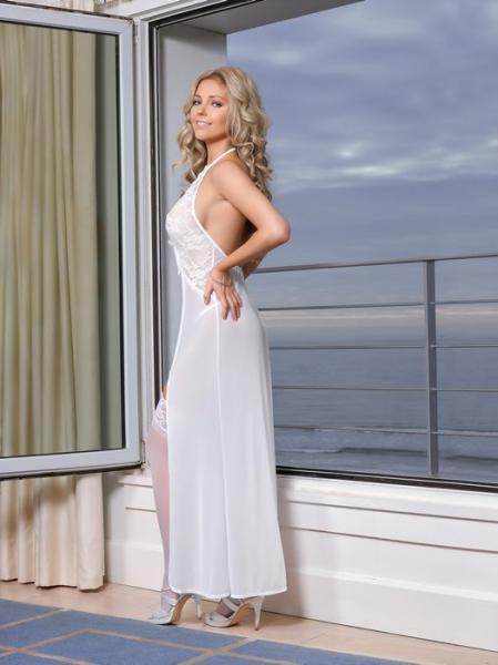 Keyhole Gown & G-String Panty White Medium
