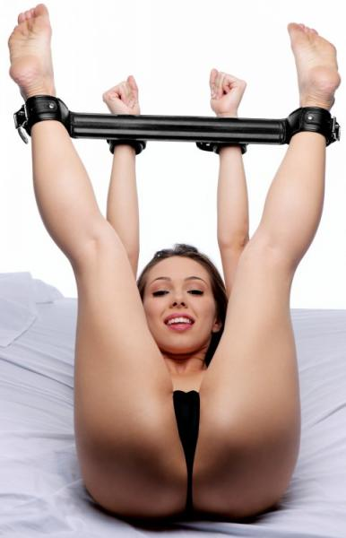 Strict Spreader Bar System Black